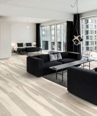 Parkett Kährs Lux Ask Flow 1 stav. Foto av gulv i stue.