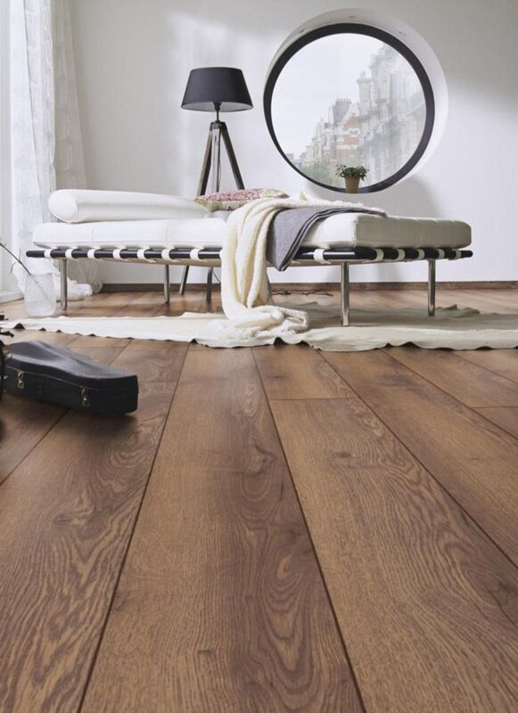 Brun Laminat Mountain Oak Kronotex Mammut Plus