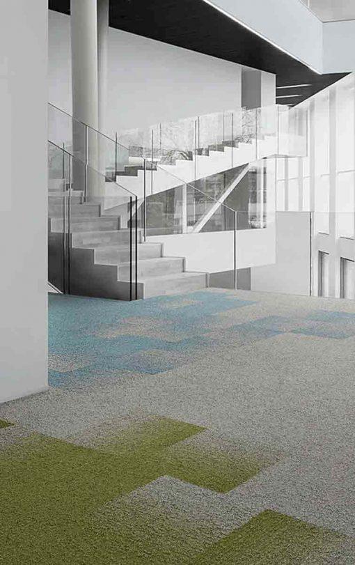 Desso Teppefliser Fuse Create i blått, grønt og grått.