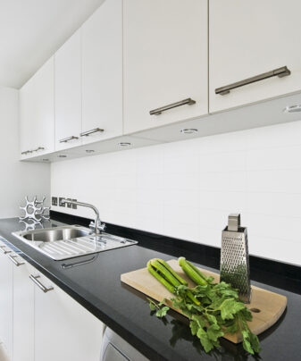 Kjøkkenplate BerryAlloc Kitchen Wall Hvit Snø